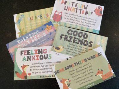 Lunchbox cards to teach children to pray